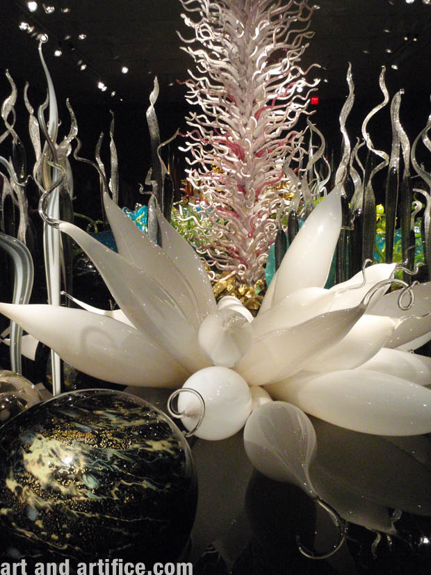 Chihuly Glass Sculpture 1