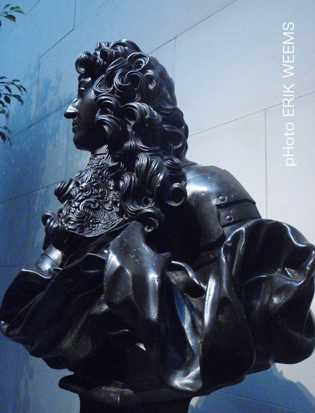 Profile Louise XIV Bronze Bust by Bernini